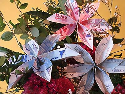 Eine Geld-Blume falten