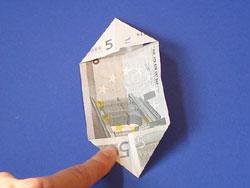 einen Geld-Stern falten