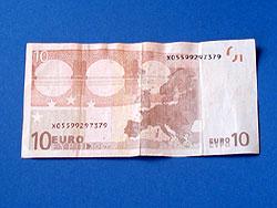 Hose aus Geld falten