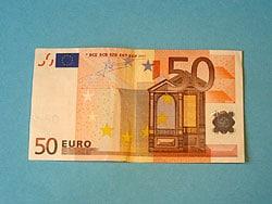 Schritt 1: Geldschein falten
