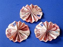 Ein Geldgeschenk Mit Blume Basteln Gestalten