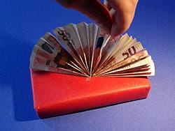 ein Fächer aus Geld