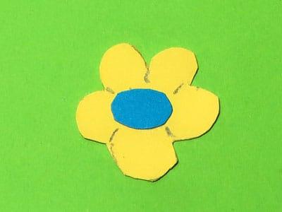 Blüte aus Papier