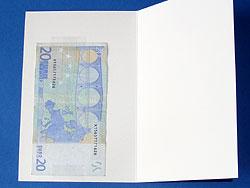 Karte mit Geldscheinen