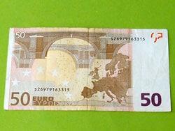 Geldgeschenk für einen Sattel