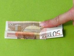 einen Sattel als Geldgeschenk basteln