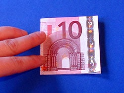 ein Geldgeschenk für eine Einschulung