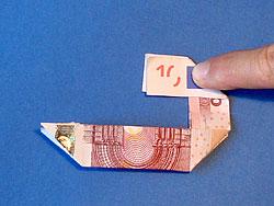 Zahlen aus Geld falten