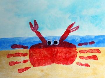 handprint krabbe basteln gestalten. Black Bedroom Furniture Sets. Home Design Ideas