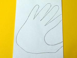 Herz aus Händen formen