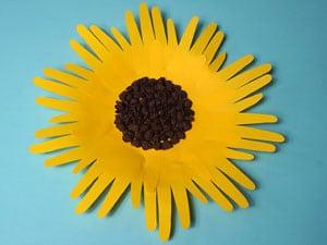 sonnenblumen mit handabdruck basteln amp gestalten