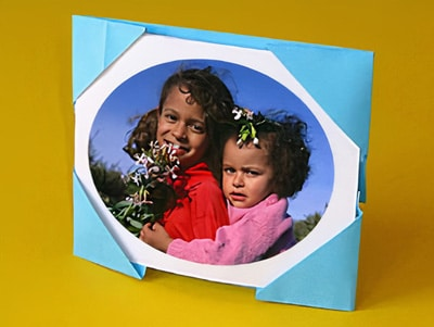 Bilderrahmen selber machen aus papier  Ein Bilderrahmen aus Papier | Basteln & Gestalten