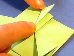 Schritt 12: Frosch falten