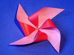 Windmühle aus Papier