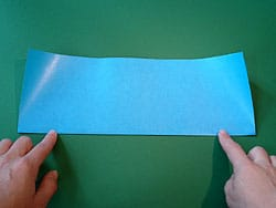 Bastelanleitung für einen Papier-Flieger