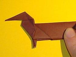 schritt f r schritt einen hund falten basteln gestalten. Black Bedroom Furniture Sets. Home Design Ideas