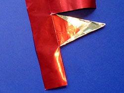 Eine Krone aus Glanzpapier gestalten