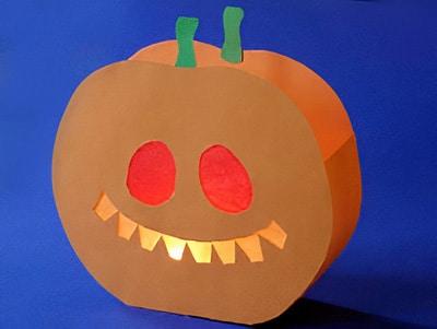 Halloween Basteln Kurbis.Einen Kurbis Basteln Zu Halloween Basteln Gestalten