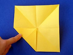 einen Papierflieger falten