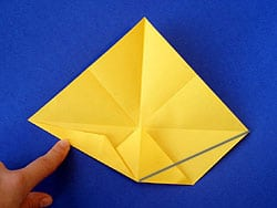 Papier-Flieger falten
