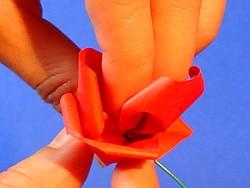 Schritt 12: Blüten zusammen schieben