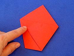 Schritt 8: rechte Ecke zur gegenüberliegenden falten